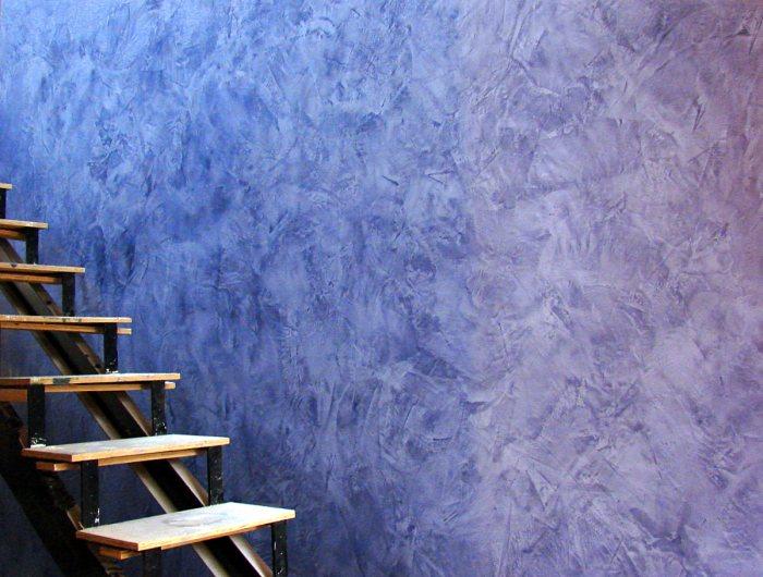 отделка стен декоративной венецианской штукатуркой